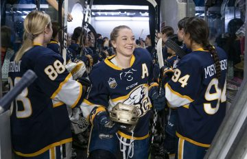 The School congratulates Mikayla, Assistant Captain of the Women's Varsity Hockey team for being awarded the Buzz More Leadership Award and the Kay Brearley Service Award. The Buzz Leadership Award represents peer recognition for outstanding qualities and achievements in individuals, and the Kay Brearley Award recognizes exceptional service to the Women's Athletic program.